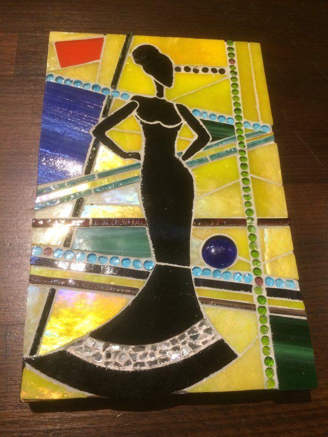 feminite-creativite-verre-couleurs